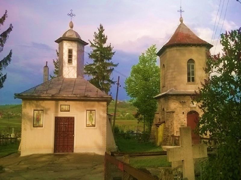 Biserica veche - exterior